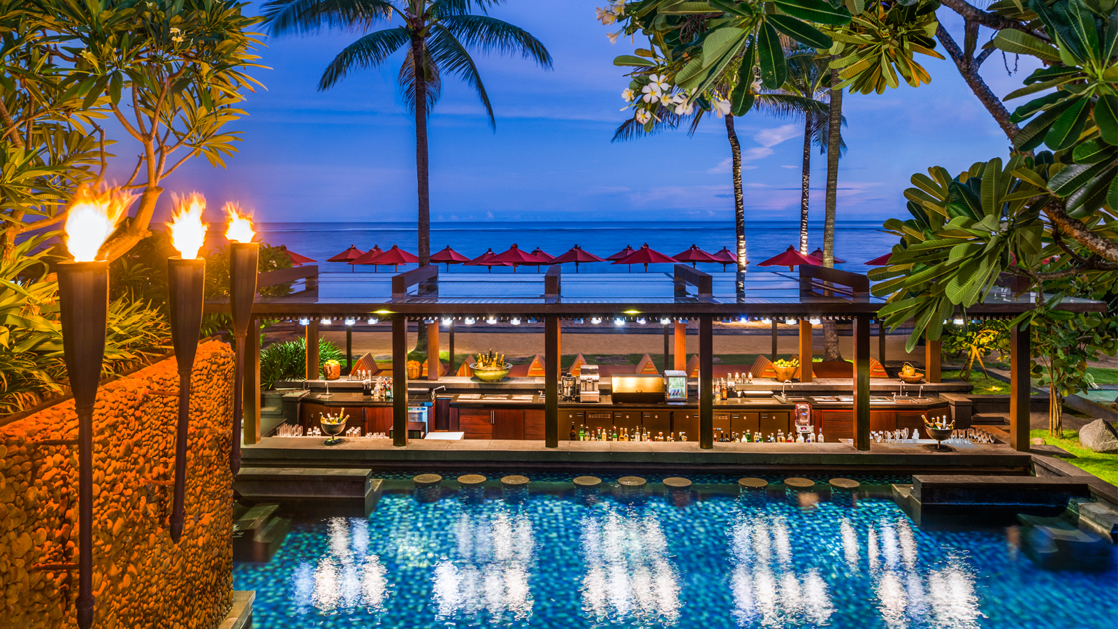 Best Beach Bar In Bali Vista Bar At St Regis Bali